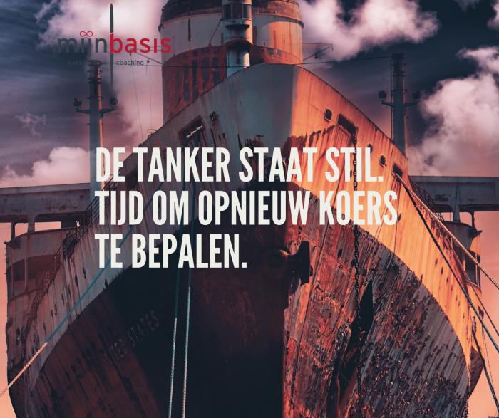 De tanker staat stil
